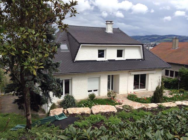 Chambre 1 personne-pdj inclus - Saint-Étienne - Bed & Breakfast