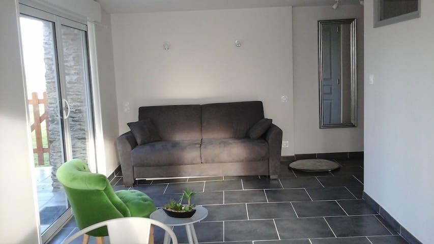 Joli studio dans campagne Angevine - Saint-Augustin-des-Bois - Lägenhet