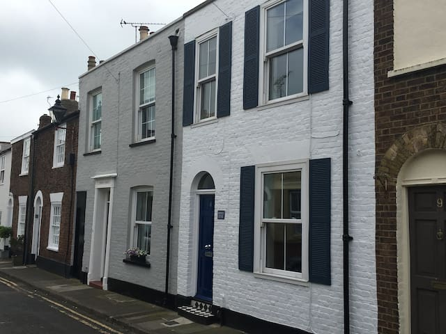 Seaside period cottage in Deal's Conservation Area - Deal - Talo