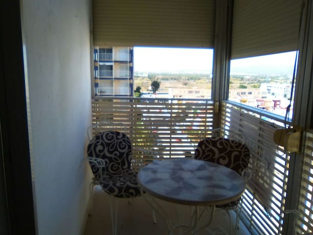 Apartment on the beach with pool - La Pobla de Farnals - Daire