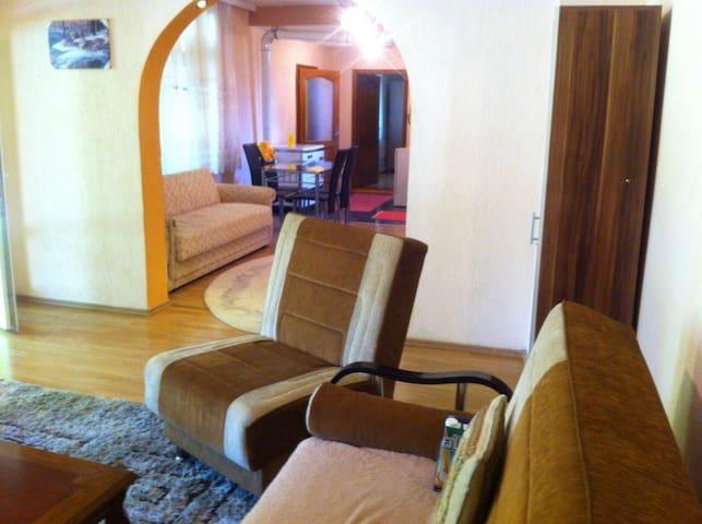 House for rent, first flor - Prishtina - Casa