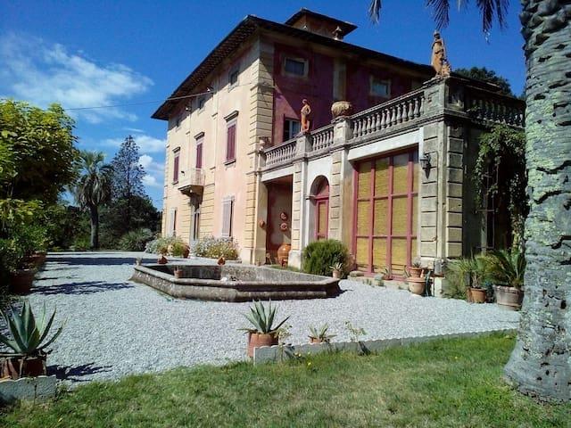 Your Tuscan Villa with a view - Santa Maria A Monte - Villa