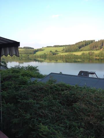 Tolles Ferienhaus mit Traumseeblick - Meinerzhagen - Ev