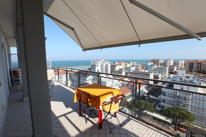 Penthouse four beds - Gatteo A Mare - Appartement