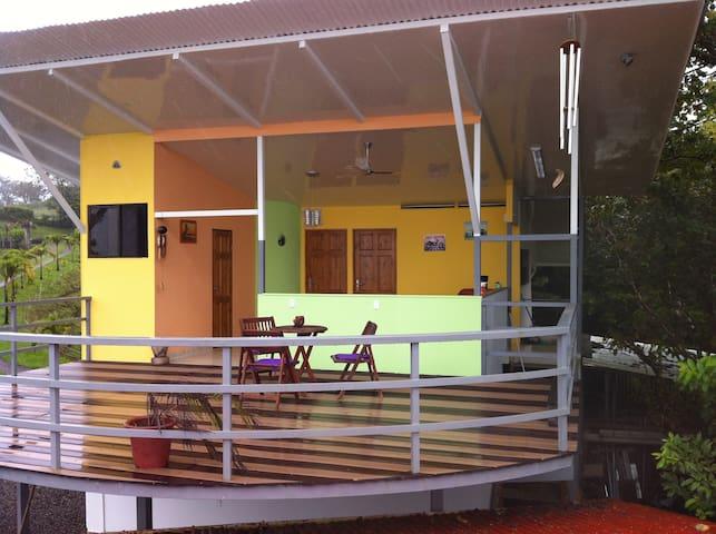 Guesthouse with a million dollar view - Mata de Caña