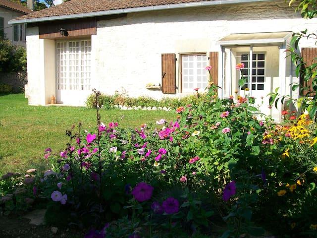 Le Cottage Limalonges - Sauzé-Vaussais - Bungalow