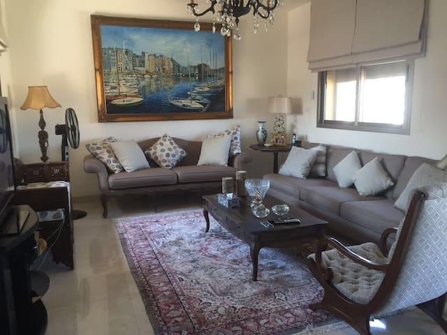 3 bedroom seaview stunning home - Beirut  - Rumah