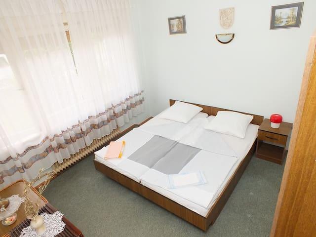 Rooms Biba Deluxe soba s bračnim krevetom - Karlovac