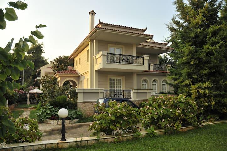 Ekali Ideal Villa for 6-12 persons - Anixi