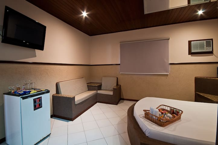 Apartamentos com Hidro e Ar Condicionado - Sorocaba - Bed & Breakfast