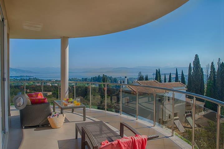 Private Luxuswohnung mit Meerblick - Evropouli - Departamento