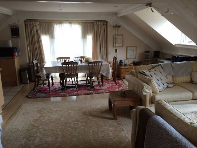 Characterful, Cosy Cotswold Apartment - Nailsworth - Departamento