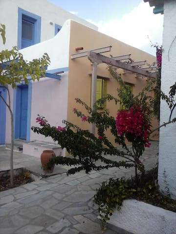 Cavolita house of the Setting Sun on the seafront - Evia - Villa