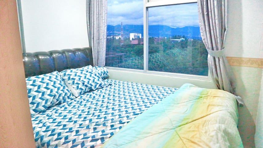 Clean, cheap n Cozy near CIWALK - Cihampelas - Lägenhet