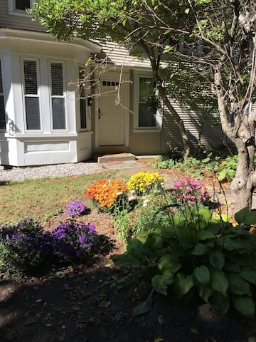 Cozy Apartment close to downtown and PSU - Plymouth - Appartement