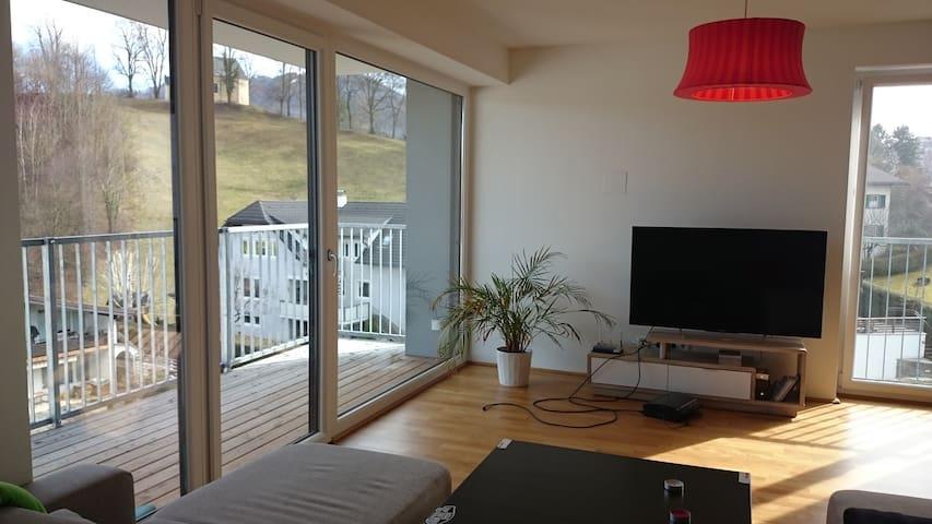 Schöne Wohnung im Zentrum von Gmunden - Gmunden - Appartement