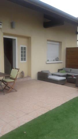 Maison - Dagneux - Casa