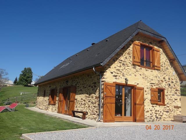 Ancienne Bergerie rénovée en maison - Astugue - Hus