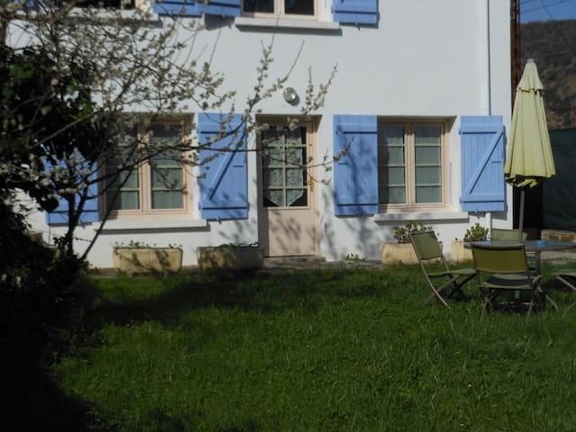 PRADES  découvrez le beau  Conflent - Ria-Sirach - Leilighet