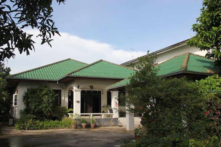 JJCozy homestay B&B/Feel like home - Tambon Nai Mueang - Maison