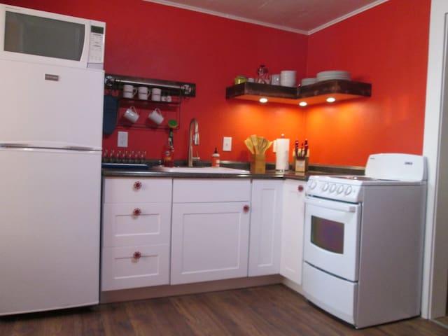 Colorful Missoula Cottage - Missoula