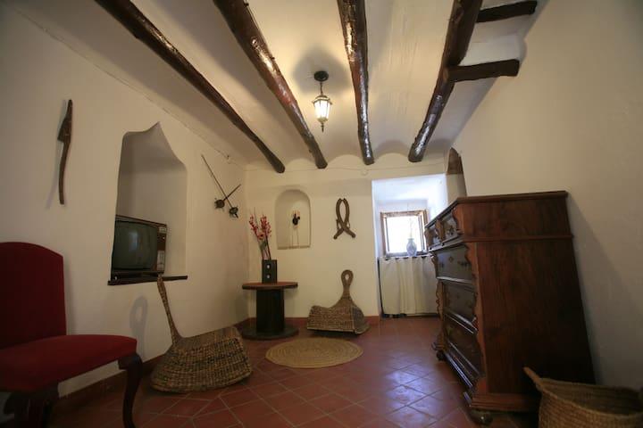Torre del s. XIII Casa Con Encanto - Cocentaina