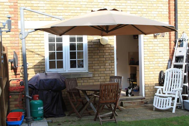Relaxing, tranquil townhouse in Faversham - Faversham - Huis