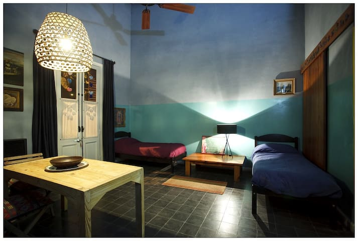 *Casona con entrada independiente - San Antonio de Areco - Rumah