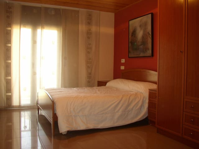 Amplio apartamento en el Pirineo Catalán - El Pont de Suert - Apartemen