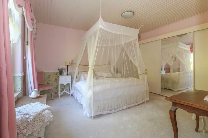 Bridal Suite... La Maison Rivière - Budel-Dorplein - Otros