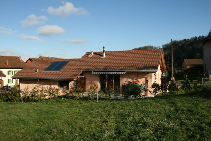 Villa individuelle - Yvonand - Hus