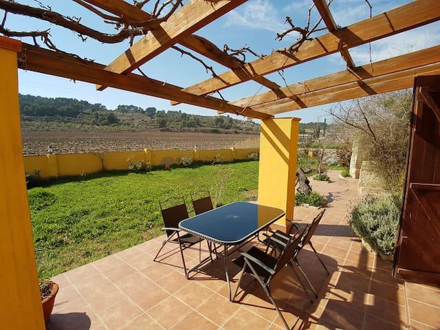 Semana Santa entre viñedos en Solivella - Solivella