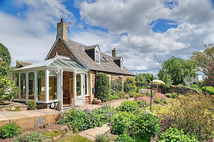 Charming country cottage nr the sea - Scottish Borders - Rumah