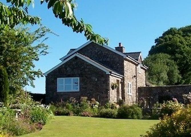 Home from Home in the Wye Valley - Chepstow - Rumah