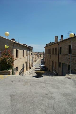 Romantisch appartement - Petritoli - 公寓