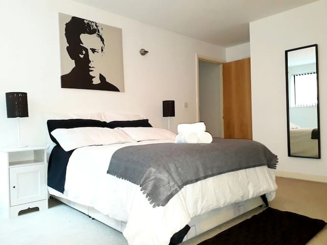 City Centre Confort Private Ensuite near Deansgate - Manchester - Pis