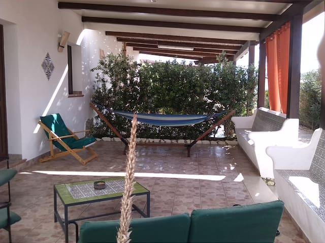apartment with garden and barbecue,near the sea - Valderice - Apartmen