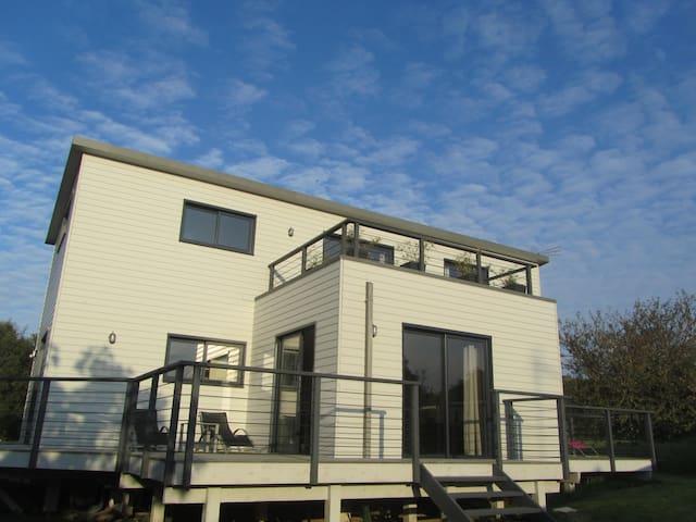 Maison entièrement en bois, récente - Trébeurden - Huis