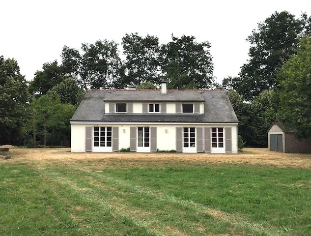 Les Ailleries - Châteauneuf-sur-Sarthe - Casa