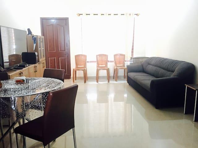 Elegant apartment - entire space - Mysuru - Apartament