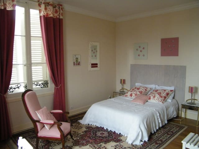 Chambre d'hôtes Grand Angle - Loches - ゲストハウス