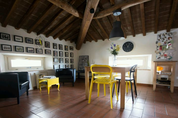 NEW Charming Flat with Parking - Lucca - Departamento