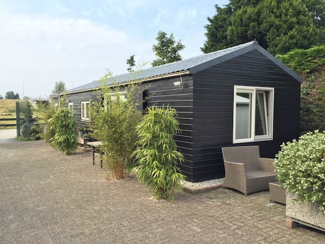 Private house (3pers), close to Dordrecht - Hendrik-Ido-Ambacht - Cabaña