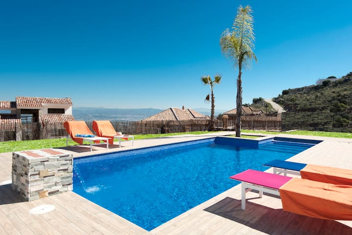 New apartment for 4 people with garden and pool - Málaga - Apartemen