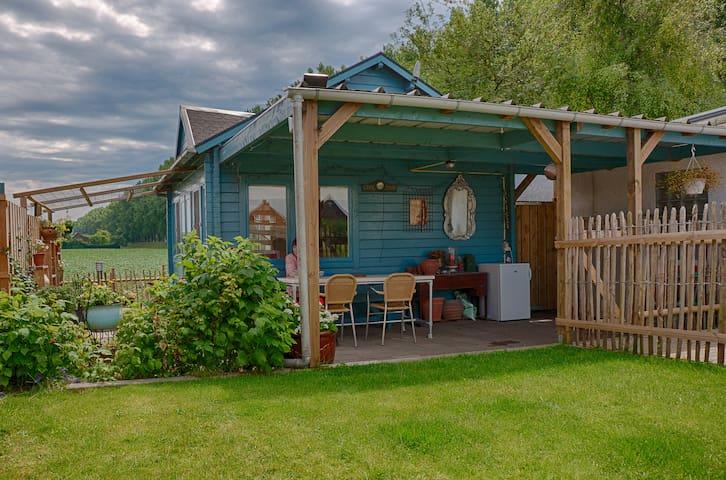 Our artistic cabin - Hulst - Bungalo