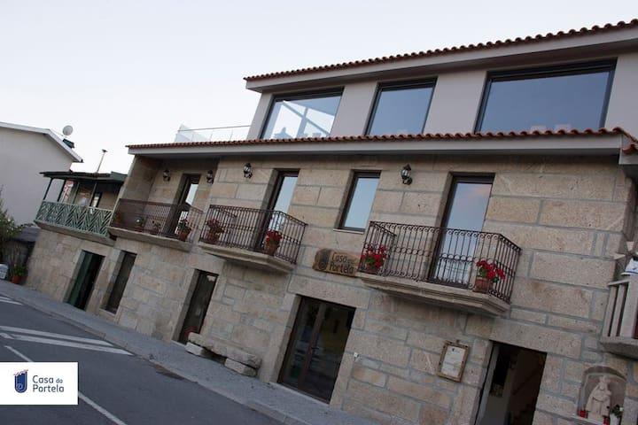 - Casa da Portela - - Pópulo - Vila