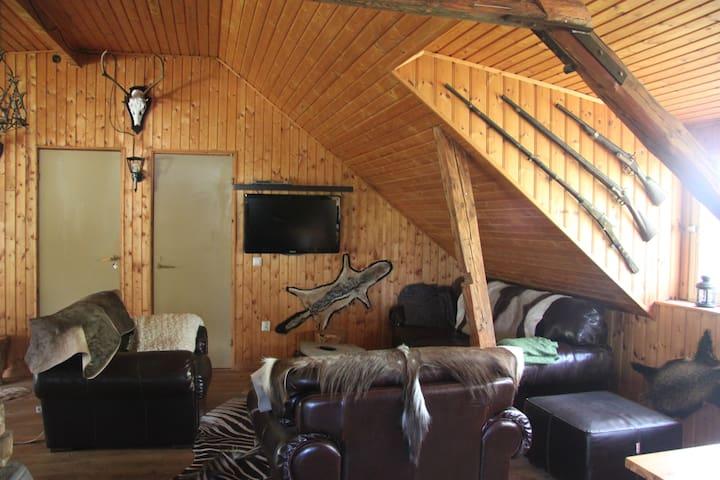 Familie-bondegårds-jagt/fiskeferie - 4462 Klingstorp - Cabaña