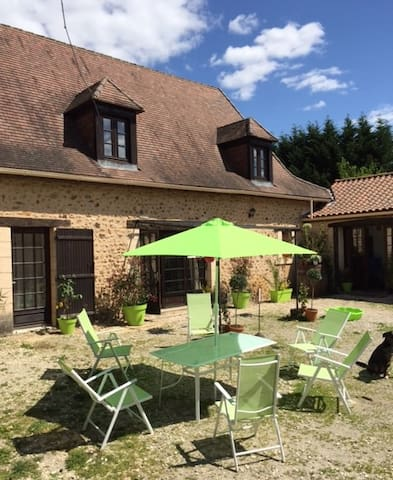 Domaine de Potofayol. Véritable ferme en Dordogne - Lacropte - Departamento