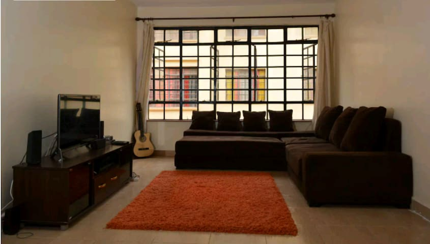 Spacious 2 bedroom apt ,Secure area near airport. - Mlolongo - Apartament