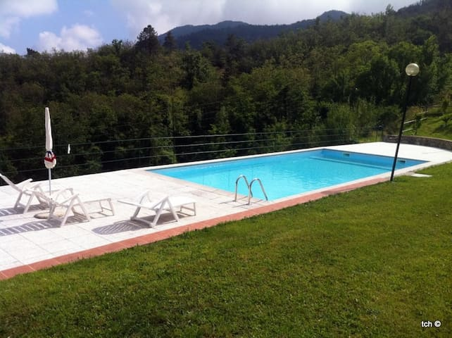 BETULLA apartment whit swimming pool - Carro - Appartement
